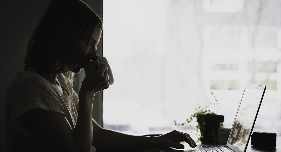 """Il web check-in e le """"regole automatiche"""" di un PMS"""